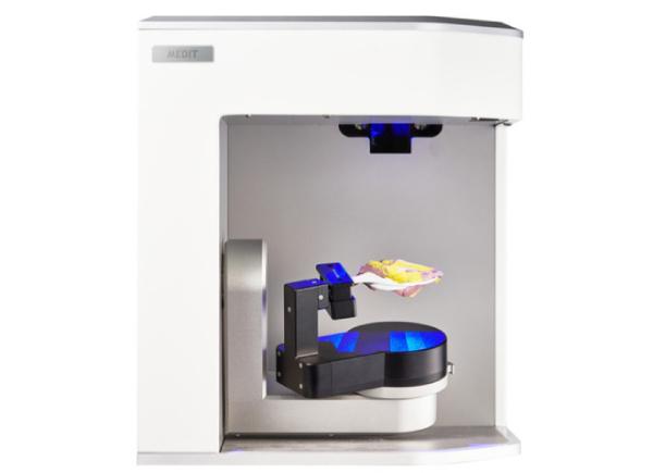 MEDIT laboratorní skener T500