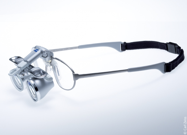 Carl Zeiss EyeMag Smart